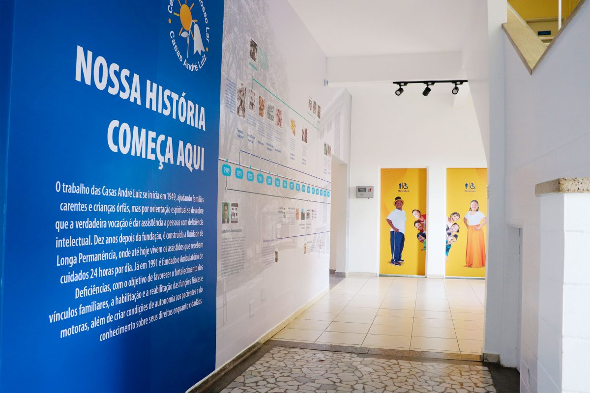 Comunicação Visual Casas André Luiz - Portfólio